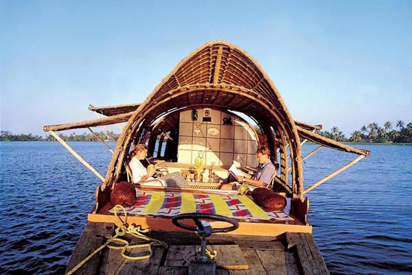 Kerala Beach & Backwater Tour